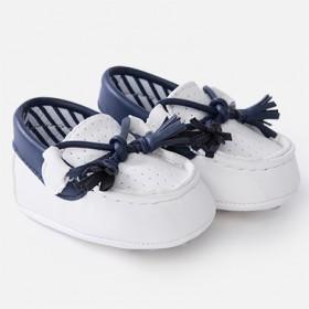 Παπούτσι μοκασίνι